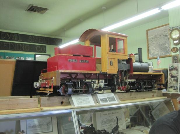 Model Mine Train